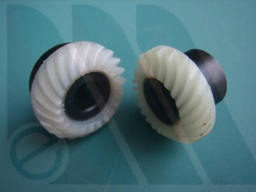 Coppia ingranaggi crochet Singer 7100 dentatura elicoidale