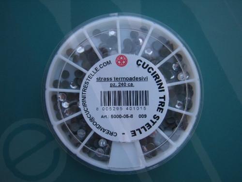 Confezione strass termoadesivi mm. 5